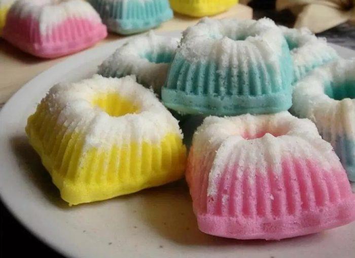 Resep Kue Putu Ayu Pelangi Praktis dan Enak